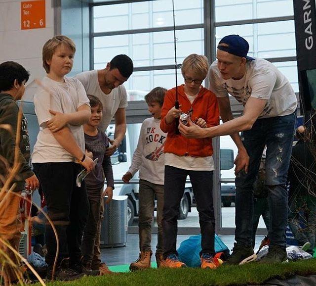 Kids fishing the pond at bootduesseldorf dichtamfisch boot16 bootdsseldorf2016 bootdsseldorfhellip