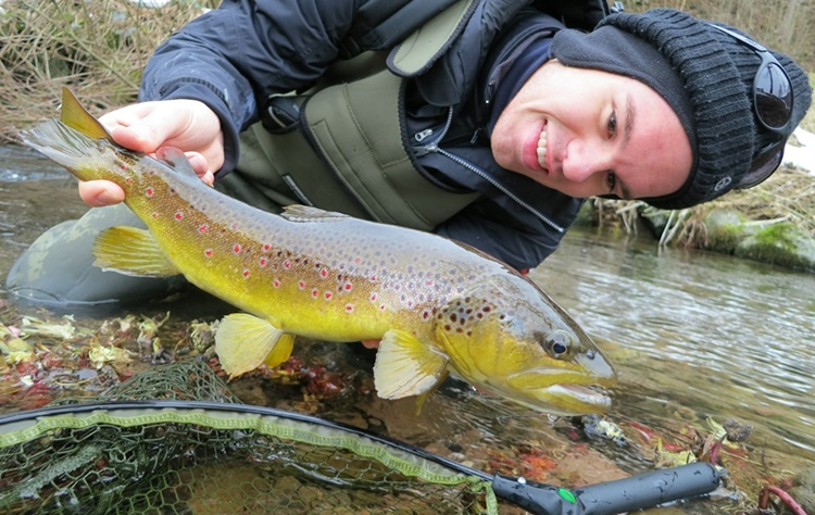 Felix mit einem wunderschönen Fisch