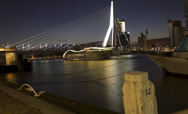 Streetfishing in Rotterdam
