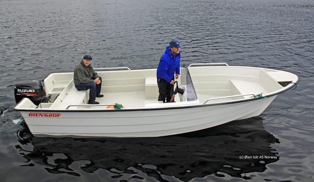 Gut motorisiertes Angelboot Norwegen