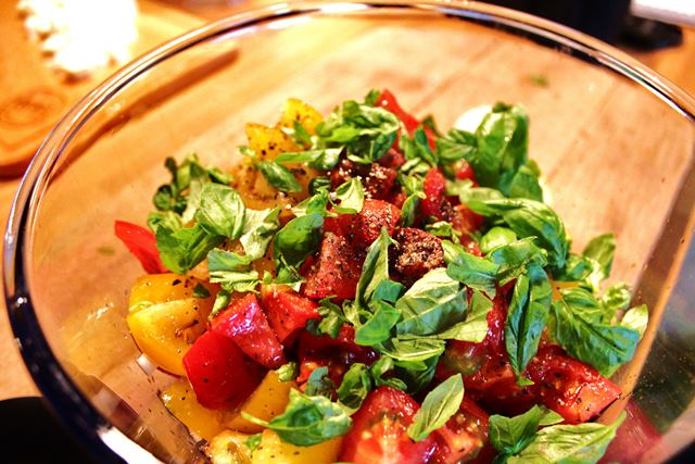 Tomatensalat Zubereitung
