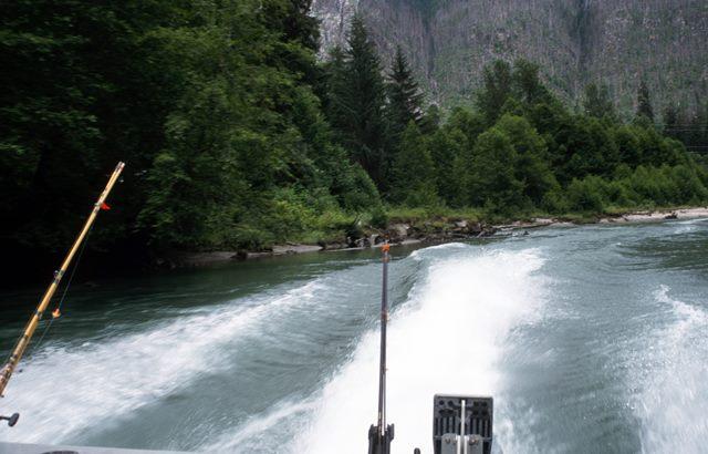Mit 400PS auf dem Wasser