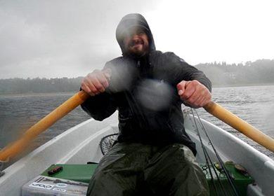 regen_beim_angeln-kleidung-anzeige