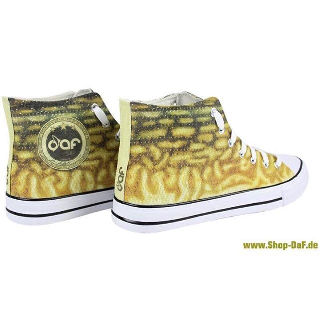 pikesneakers Unsere ersten Schuhe sind ab jetzt unter wwwShopDaFde Linkhellip