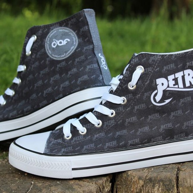 DaF Sneaker die Zweite Im Vergleich zu den Schuhen imhellip