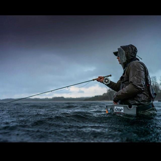 Es gibt kein schlechtes Angelwetter! Angler gabrielnobis dichtamfisch dafstuff fliegenfischenhellip